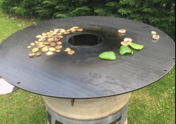BBQ: Feuerplatte einbrennen (Anleitung)